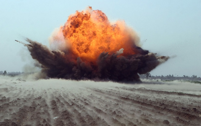31182_miscellaneous_explosion